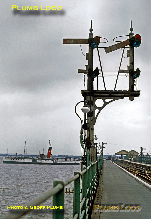 GCR signals, New Holland Pier, 31st August 1971
